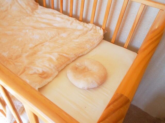赤ちゃんの寝室が別